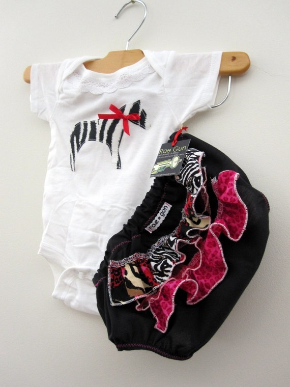 Ruffle diaper covers gift set - Swanky Zebra - onesie - bloomer - girl - baby - toddler - outfit