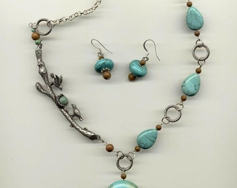 Robin's Nest Turquoise Necklace Set