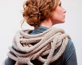 Medusa Loop Scarf - hand knitting pattern PDF