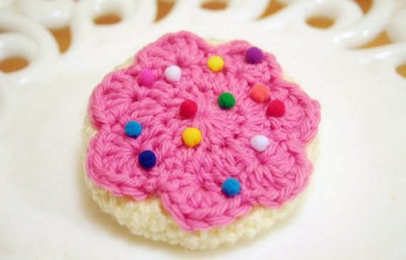 Frosted Sugar Cookie Brooch and Hair Clip in Pink