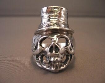 Top Hat Skull Ring