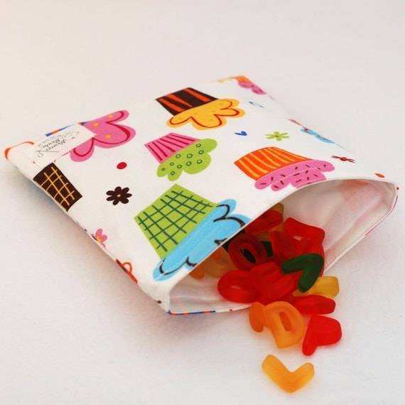 Tasty Cupcakes (White) - green by mamamade Eco-Friendly Reusable Sandwich Bag