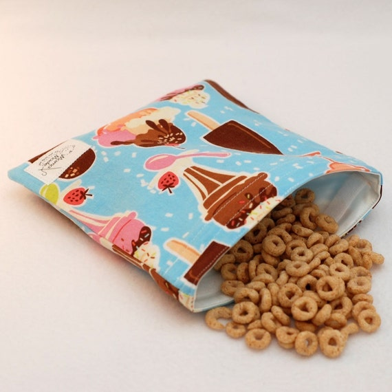 Sweet Treats - Medium Reusable Sandwich Bag from green by mamamade