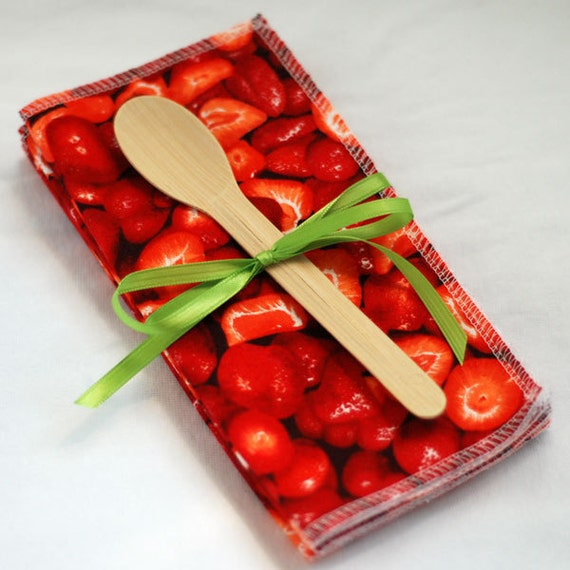 Ripe Strawberries - green by mamamade - Reusable, Eco-Friendly Cloth Napkin Set