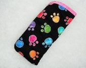 Quilted Eyeglass/sunglass case - Colored Pawprints on black 2