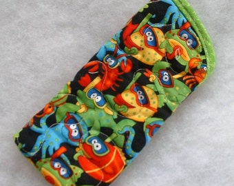 Quilted Sunglass/Eyeglass case - Snorkeling Fish
