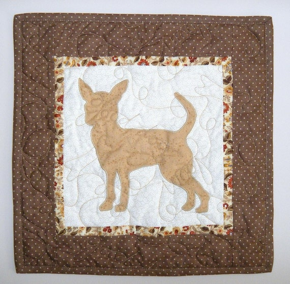 Chihuahua - Quilted Mini Dog Wall Hanging 14 x 14