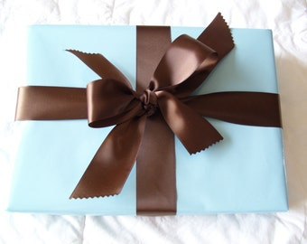 Boutique style gift wrapping