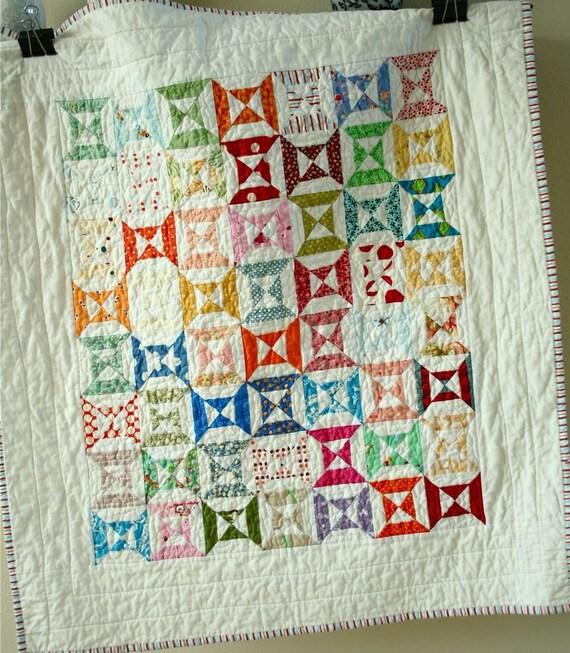 double hourglass baby quilt