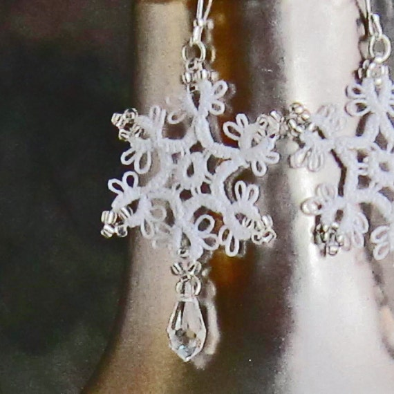 Snowflake Star Lace Earrings . Swarovski crystal . Tatting . Silver Glass Beads . FREE SHIPPING