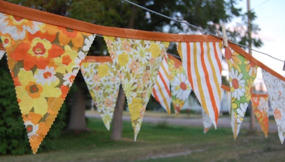 Autumn Leaves Vintage Linens Banner - 15'