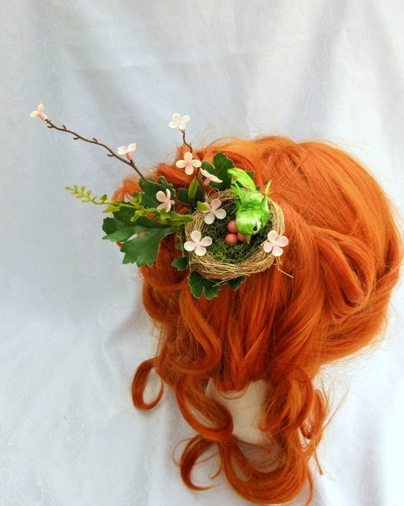 Nesting Bird Hair Fascinator, Spring Nest Hair Clip, Unusual Fascinator, Forest Fascinator, Woodland Hair Clip, Green Bird