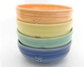 Un-matchy cereal bowls... set of four.