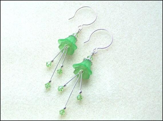 Summer flowers - lucite flower and crystal beaded earrings - dangle earrings - chandelier earrings - bridesmaid wedding gift