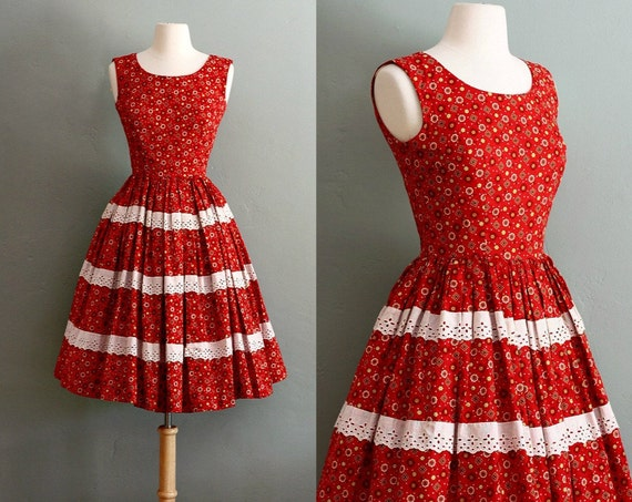 50s XS Red Calico Printed Swing DRESS