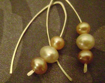 Sand Wishbones (Natural Freshwater Pearls)