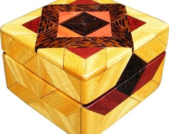 Brazilian Satinwood Tiny Sq Box, New for 09