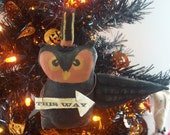 Primitive Halloween This Way Owl