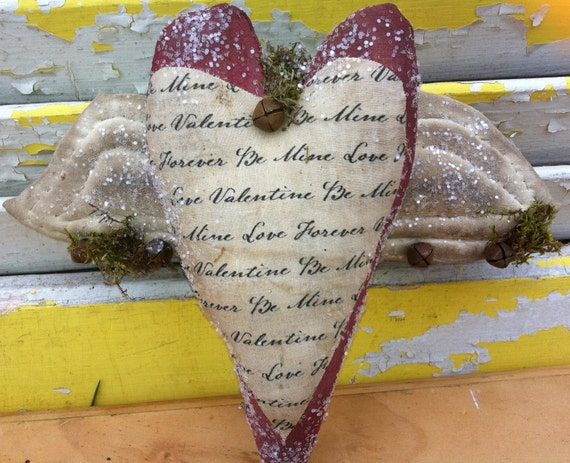 Primitive  Valentine Heart Ornie With Wings