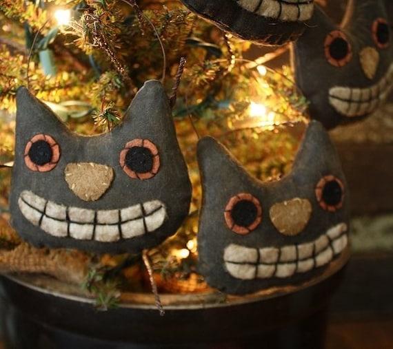 Primitive Folk Art Halloween Cat Head Ornies E-PATTERN