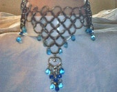Choker\/Necklace Blue Glass Beads, Heart Pendant