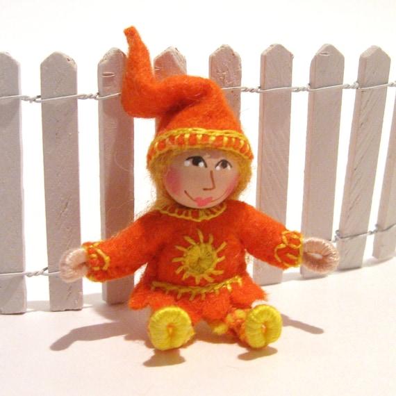 Miniature  Lil Sunshine Gnome