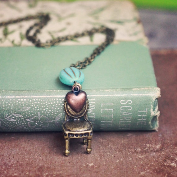 The Little Chair necklace