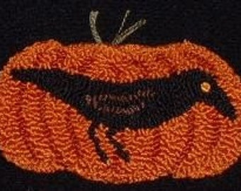 Primitive Needle Punch Pin Crow and Pumpkin