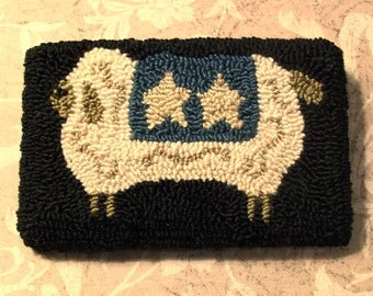 Primitive Needle Punch Pin Sheep With Star Blanket