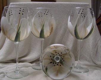 Wine glasses/goblets, Gold/White Handpainted
