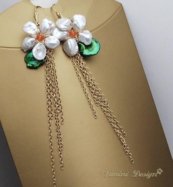 Marguerite-14k gold fill,Keishi Pearls,carnelian earrings