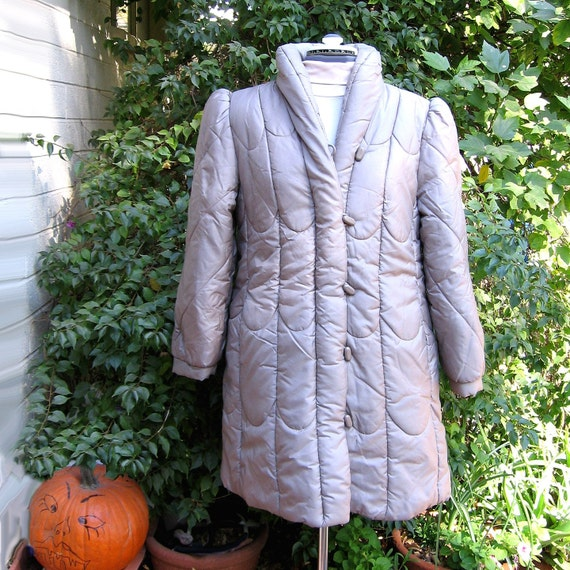 1980s PUFFY COAT - vintage womens SIlvery Taupe secretary 1970s vintage coat