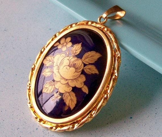 SJK Vintage -- Limoges Porcelain Pendant in Gold and Royal Blue