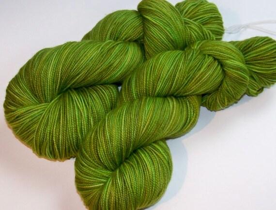 Hand Painted 2-Ply Superwash Merino and Nylon Sock -- Green Tea