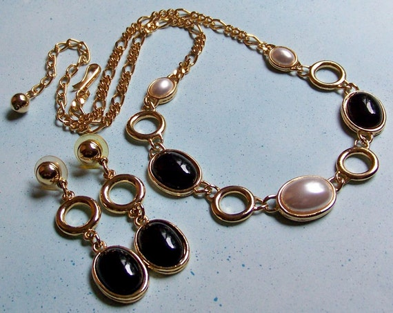 VINTAGE Deal 50 Percent Off -- Gold, Black, and Pearly White Park Lane Necklace and Earrings (1970's)