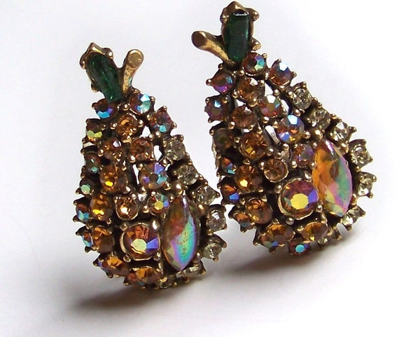 SJK Vintage -- ART Signed Antique Gold and Rhinestone Pear Art Deco Clip On  Earrings (1950's-60's)