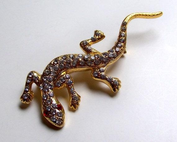 VINTAGE Deal 50 Percent Off-- Whimsical Rhinestone Lizard Gecko Salamander Brooch (1970's-80's)