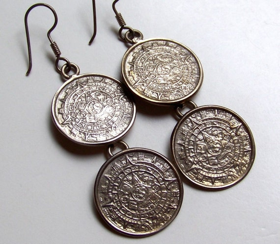 Reserved for angsev -- SJK VINTAGE -- Mexican Sterling Aztec Calendar Pierced Earrings (1970's)