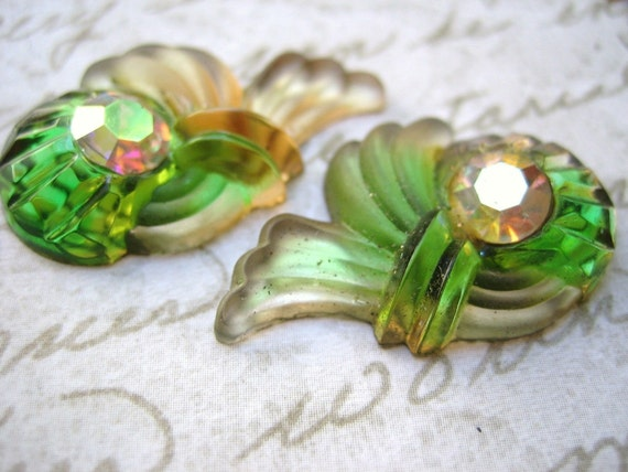 Rare pair Vintage cabochon stone  frosted glass emerald topaz frosted givre West Germany- lot of 2