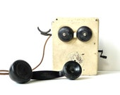 Antique 1930s Crank Telephone