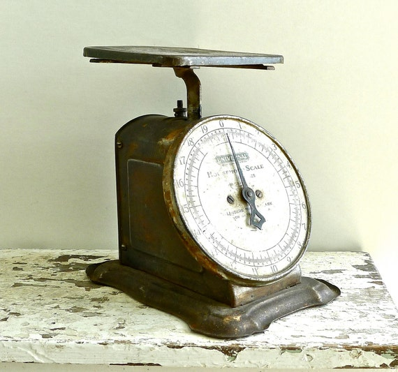 Vintage Universal Household Scale Landers Frary and Clark Early 1900s