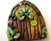 Lucky Shamrock Fairy/Leprechaun Portal Necklace