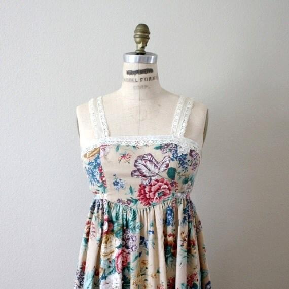 Ecru Florals Dress. S-M