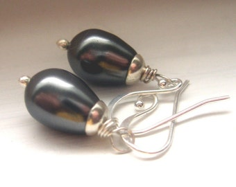 dark grey pearl and sterling earrings