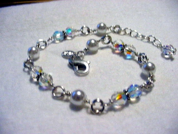 Wedding Day Bridal Bracelet in Crystals by Swarovski and Natural Freshwater Pearls