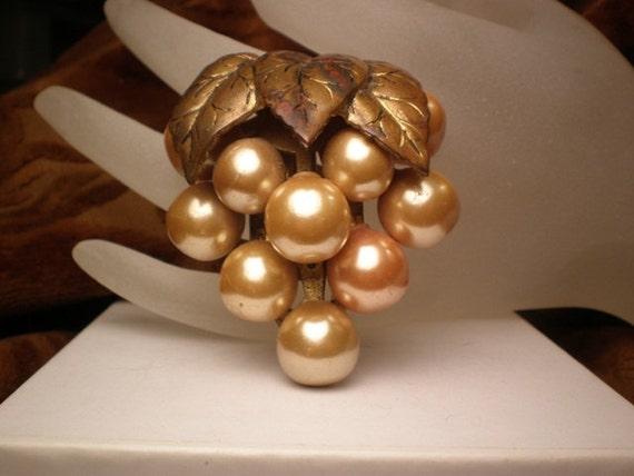 DESTASH, 1930s Vintage Grape Cluster Dress Clip, Vintage Pearl Dress Clip, Gold Dress Clip, Lady Patricia, , 50 to 75 years