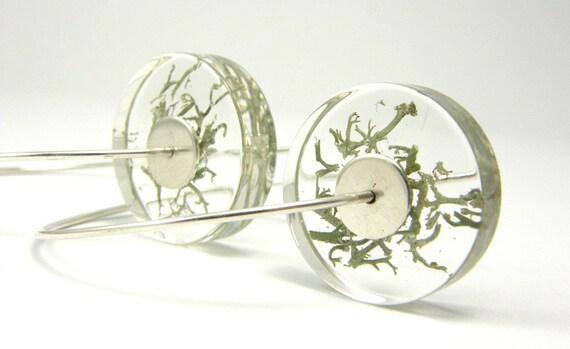 Alcee Silver Moss, resin earrings with moss