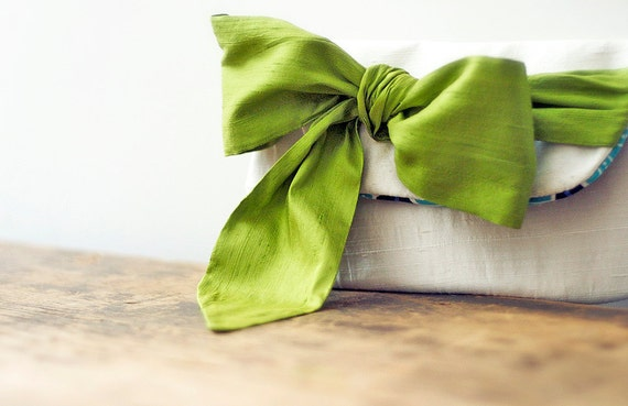 ivory silk clutch, apple green bow, customize your bridesmaid gifts