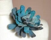 Mild Celeste Dahlia -- Felt Flower Brooch -- Hand felted wool -- size Small