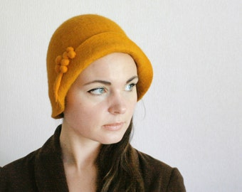 Cute Saffron Cloche Hat -- Hand Felted Wool -- Size Medium / Small